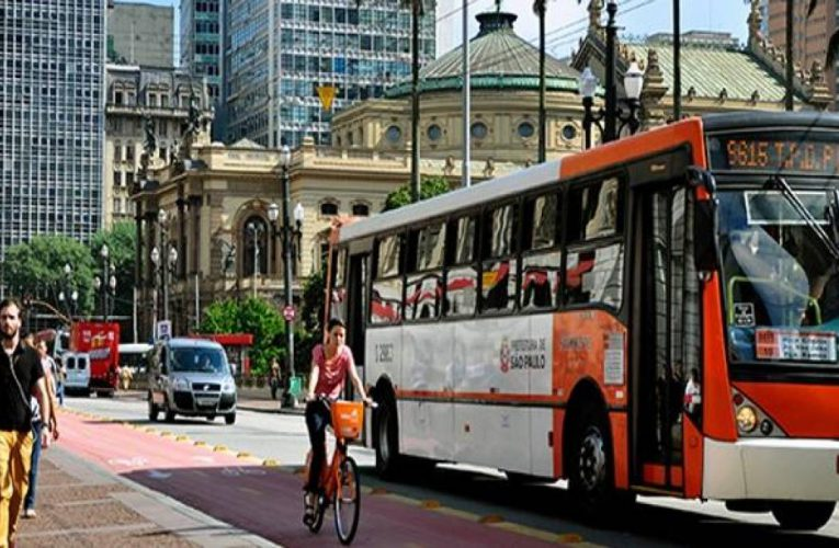 Como seria se os transportes públicos acabassem?